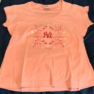 NY Yankees tee, size XL. Pink